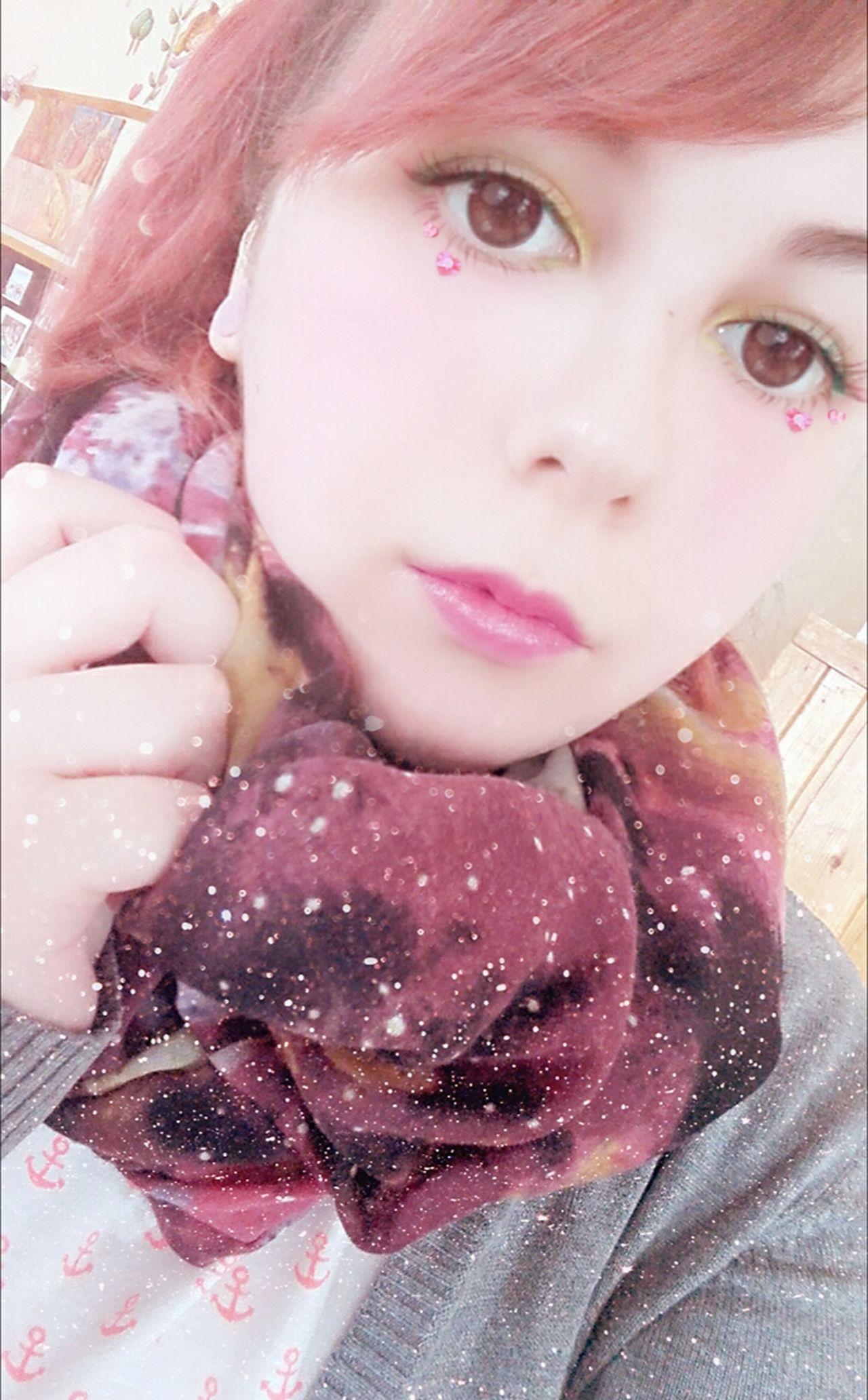 :D Workselfie School Its Me ThatsMe Selfie✌ Selfies Self Portrait Selfie Portrait Redhead Lipstick Alternativegirl Coloredhair Women Only Women Portrait Picoftheday Portraits Girl One Woman Only Lips Photooftheday Like4like Redhair Makeup Me