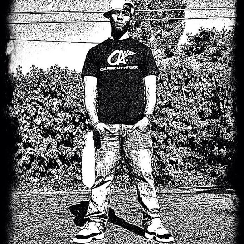 Haha back when those Concord's hit...R.I.P. To my size 11's ill never forget the joy you brang to me TBT  Concords Jordans Calibis foxtail blckandwht