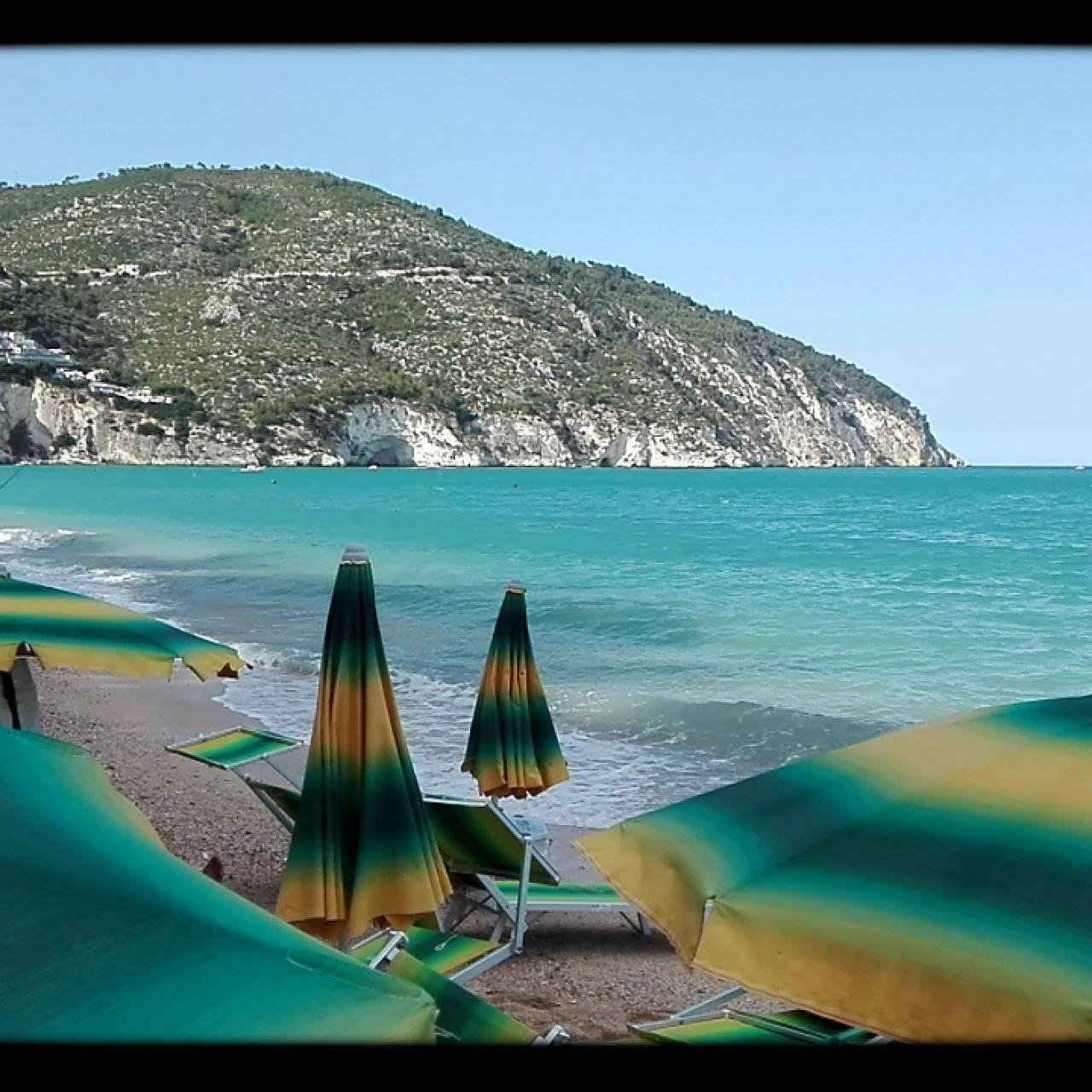 Sea Rocks Green Sea