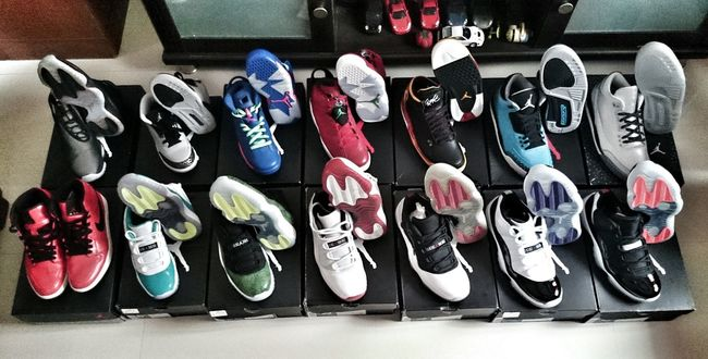 Jumpman23 updating Snkrfrkr #sneakerhead #solecollector #solecheck #solecontrol #solecontrolfam #kicksology #kixnation #walklikeus #lacebag #sneakersociety #sneakerporn From Where I Stand Noedit #nofilter #notneeded