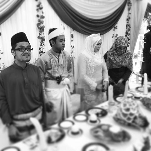 Wedding Cousinzaa Mejepengantin Pengapit food awesome delicious parent spectacle love. The food is awesome