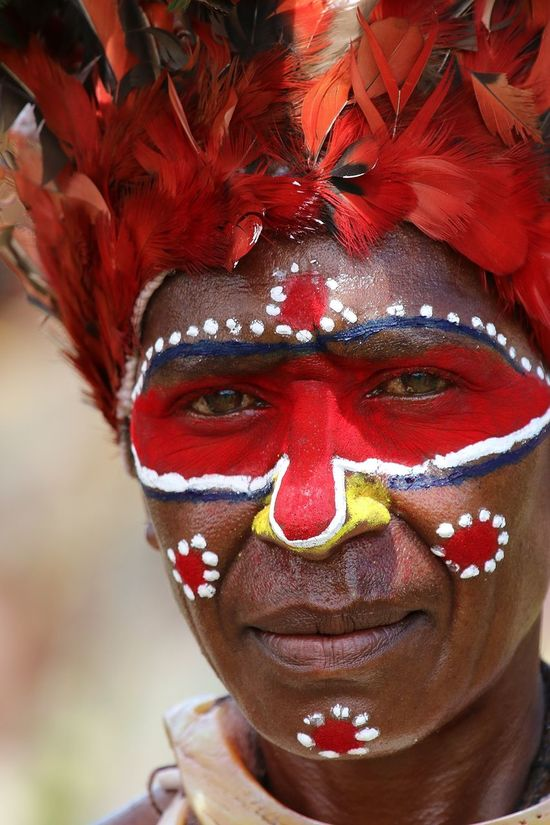 Goroka Show EyeEmNewHere Face Painting Goroka Show Papua New Guinea Traditional Culture Travel Photography Culture And Tradition Cultures Head Dress