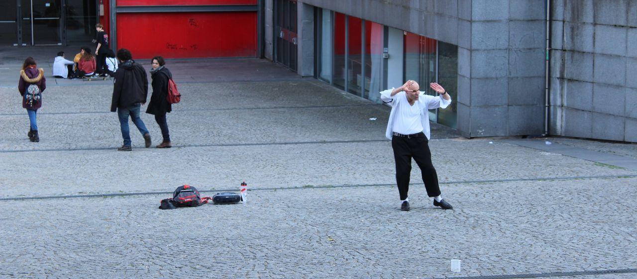 Centre Pompidou City Dance Dancing Michael Jackson People Street Streetphotography