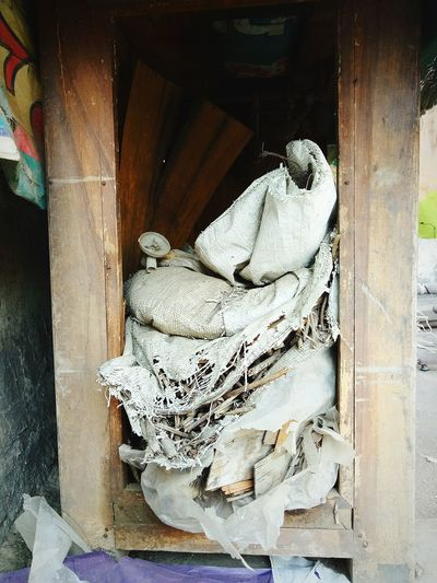Wastage Art 🚮 EyeEmNewHere Indoors  Be. Ready.