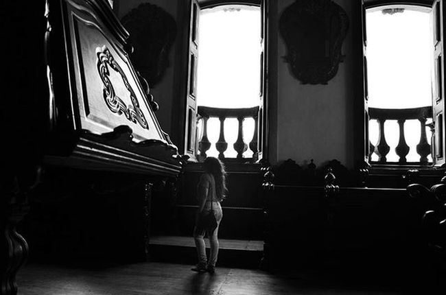 Photo Photographer Photograph Foto Fotografia Instagood Instafoto Instalike Instaphoto Instaphotography Light Luz Sombra Shadow Picture Portrait Instaportrait Igrejasaofrancisco Joaopessoa Paraíba Brazil Blackandwhite Instablackandwhite Pretoebranco Barroco robertaramalhophotography