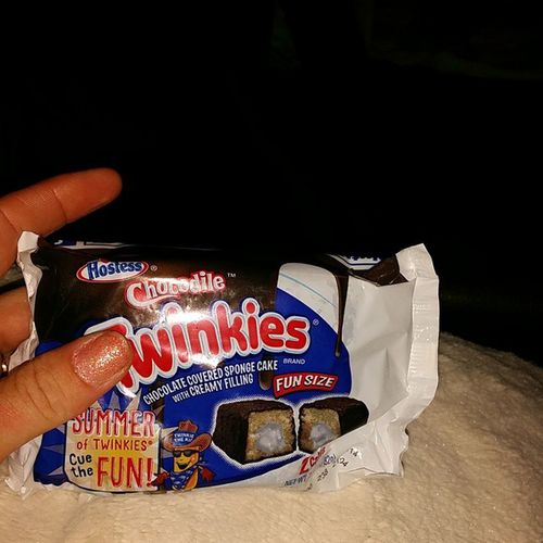 I DID NOT KNOW THEY MADE THESE! Chocodile Twinkies  Bitches