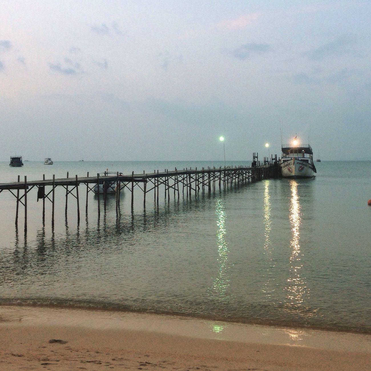 "Good Evening Ko Samui "" Move closer to where you want to be ""✨? Kosamui Sea Sunset Goodevening  Beach Pier Travel Thailand"