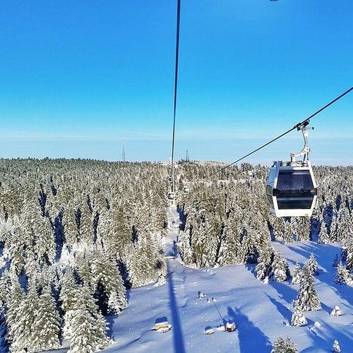 Uludag Uludag Kar Bursa Turkey Snow Skiing Skirun Ski Skibings Kayak Karmanzarası Nature Snowscenery Bluesky Telefirik Lift Cablecar Cablecars