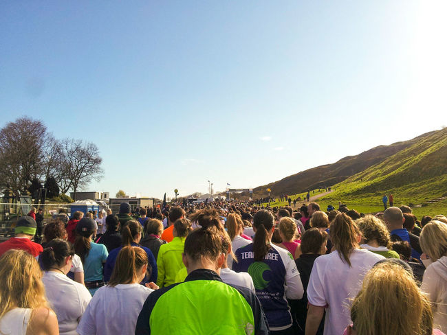 Starting Line Race Run Athletic Sport Running Group Marathon Edinburgh Racing Runners Athletes Crowd From Behind Real People Horizontal Day Hill Grass Sky Gathering Competition Half Marathon Blue Sky Sunshine Blue Wave Gathering