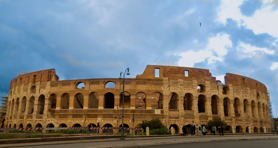 Nothing special, but first big travel will be in my heart for looong time.. Travel Destinations History Architecture Old Ruin Tourism Outdoors Rome Italy🇮🇹 Rome View Coliseum Must See Traveling Photography