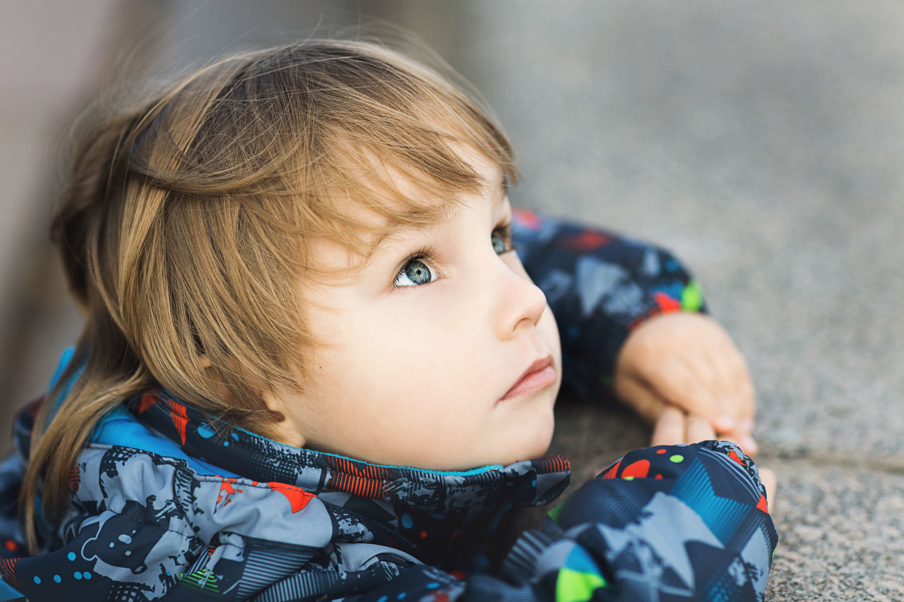 childhood, innocence, real people, toddler, one person, cute, baby, babyhood, close-up, headshot, indoors, baby stroller, day, blond hair