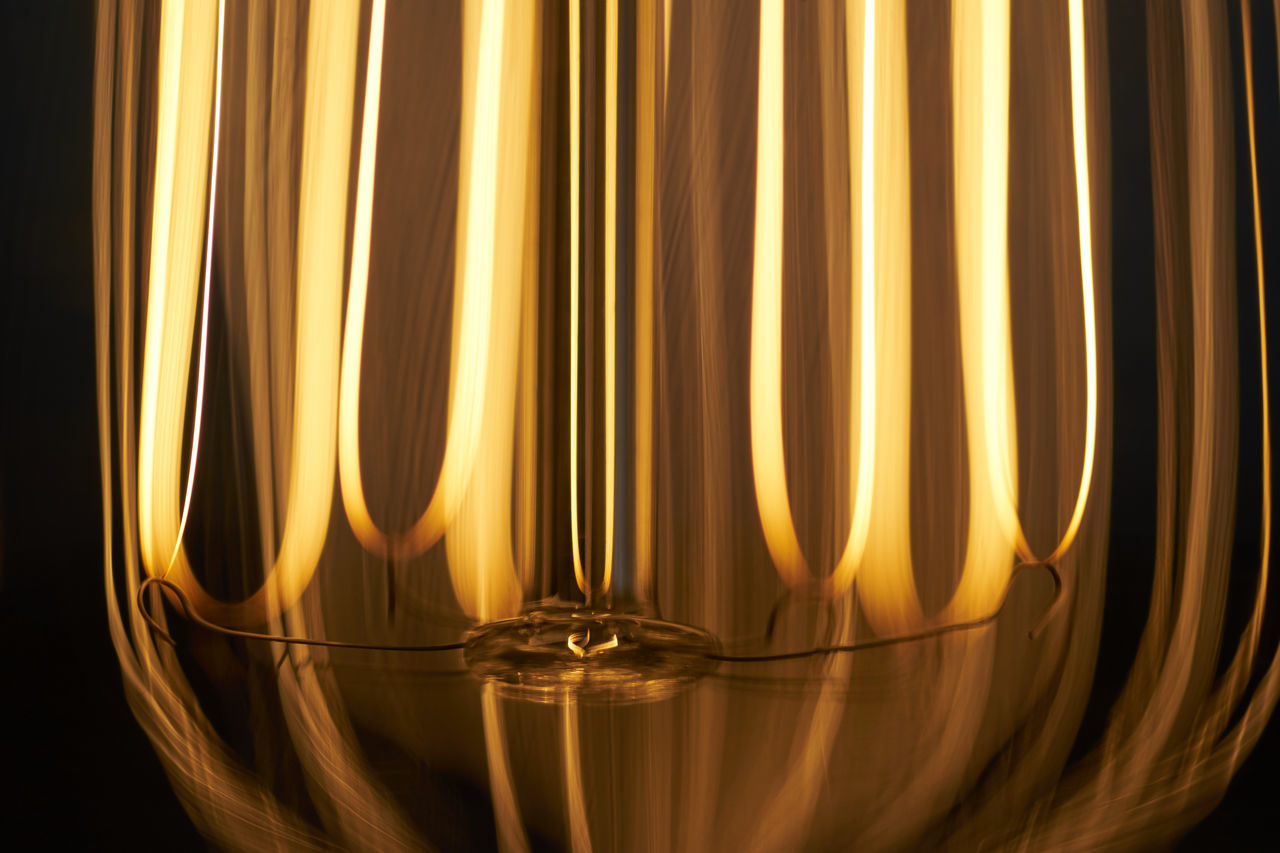 Background Texture Bulb Edison Bulb Flame Illuminated Illumination Light Light Up Your Life Lightbulb Lightbulbs Lighting Fixture Tesla Texture Textures And Surfaces Warmth