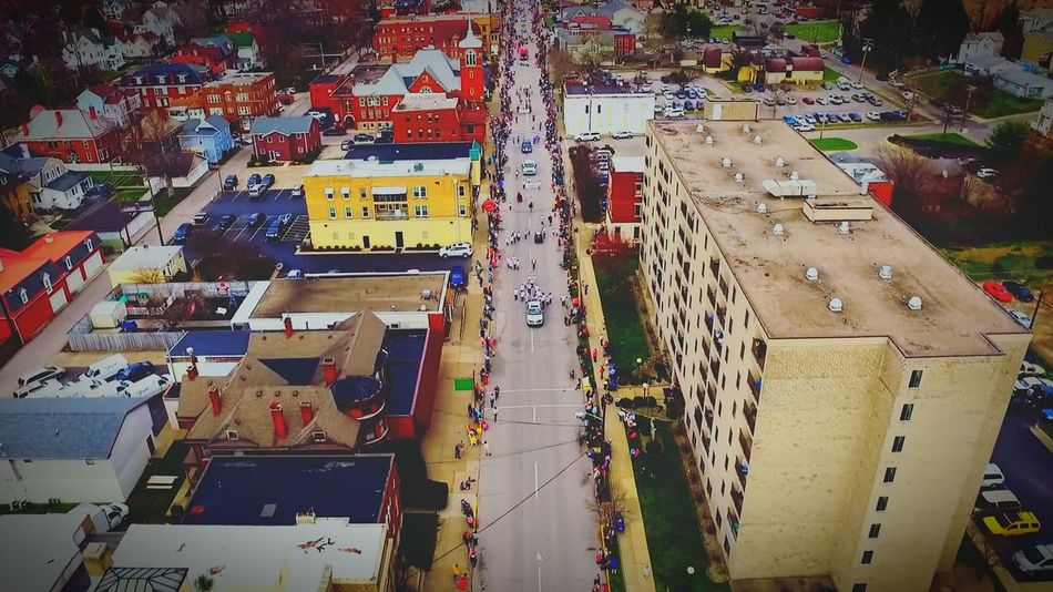 Parade Cityscape City Old Buildings Vibes Gettogether Holiday Easterparade Easter Ready Having Fun