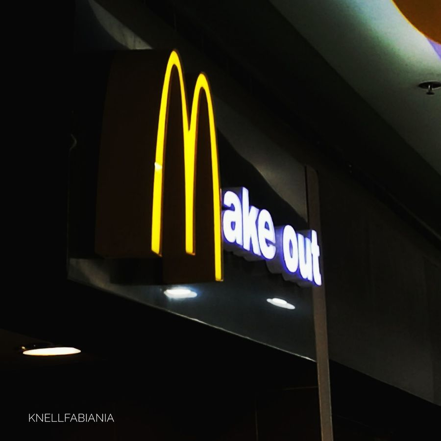 McDo Mcdonalds McDonald's Mcdonalds Bitch.Fastfood Joint Fastfoodjunkie Fast Food Burgers No People Indoors  Night HuaweiP9plus Huaweiphotography Huawei Huawei P9 Photos Huawei Philippines Manila Huawei P9 Plus Huawei P9 Leica HuaweiP9Photography Architecture Illuminated Neon Politics And Government
