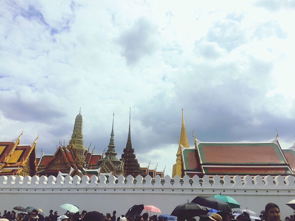 Religion Architecture Built Structure Sky Cloud - Sky King Of King Thailand The Grand Palace Real People