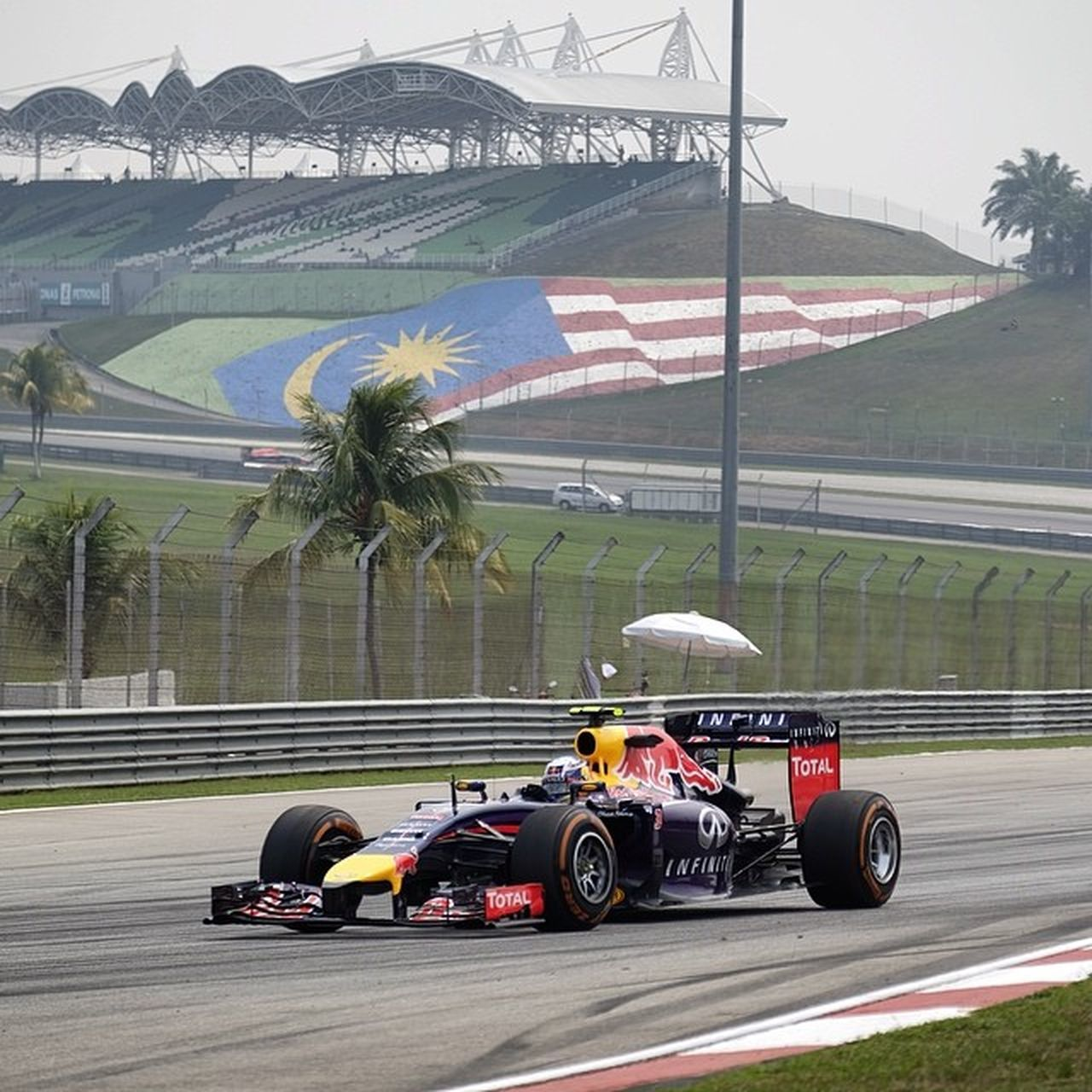 Riciardo of RedBull Racing F1 in Sepang Malaysiagp Rb10