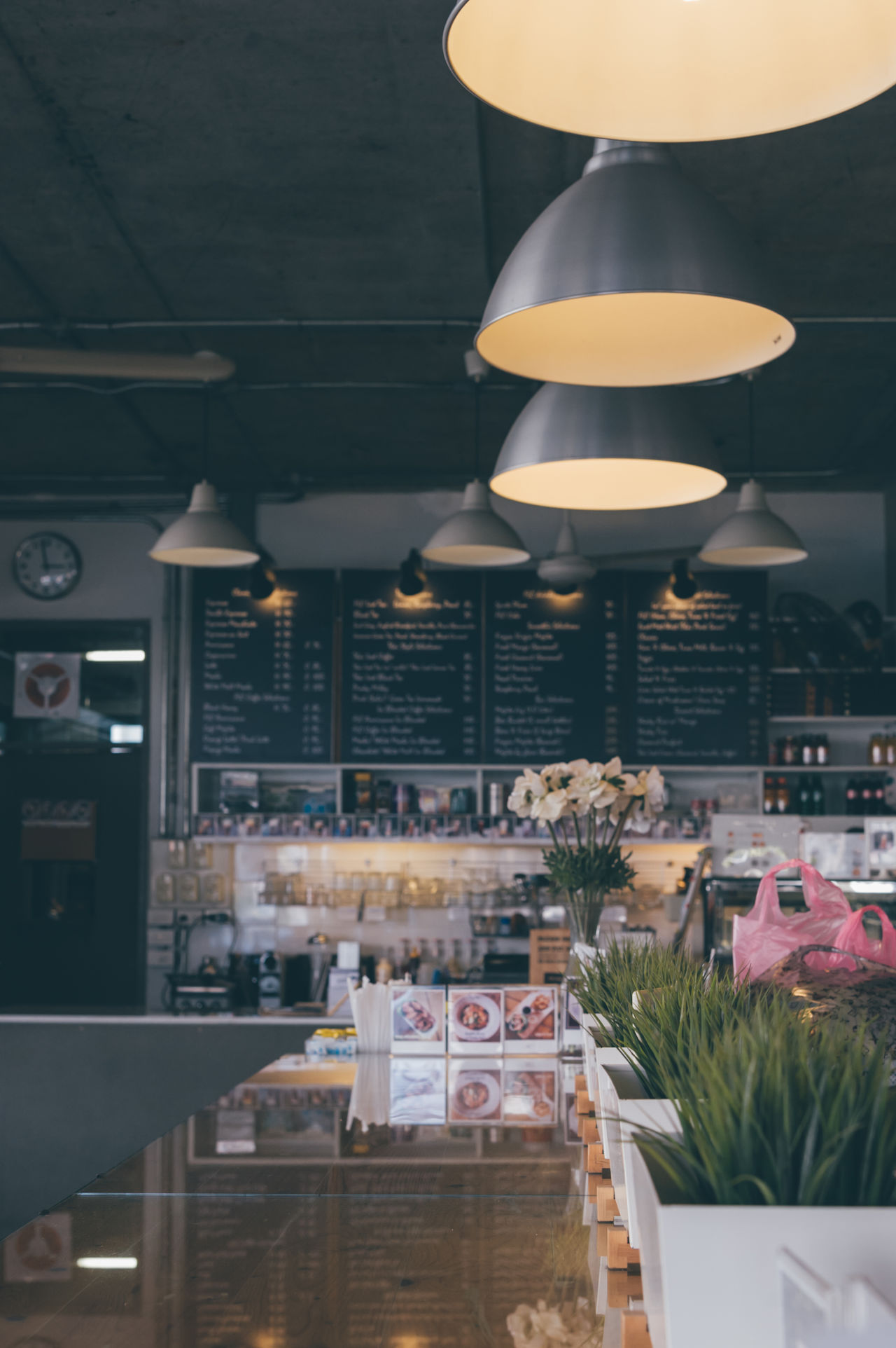 Achitecture Adapted To The City Architecture Beverage Break Cafe Coffee Shop Design Dessert Drink Film Flower Flowers Food Freshness Illuminated Indoors  Interior Design Lighting Equipment Loft Menu Relaxing Shop Vintage Wood The City Light