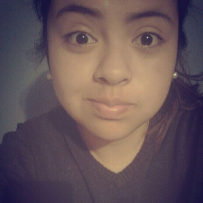 Hello World Love ♥ Ojitos<3 Cachetitoss! <3  Lookintomyeyes Selfietime