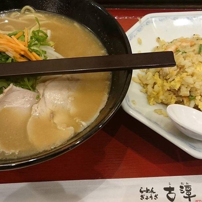 チャーハンと醤油ラーメンのセット(870円) 今日から食堂リニューアル工事 スカが古潭古潭うるさい