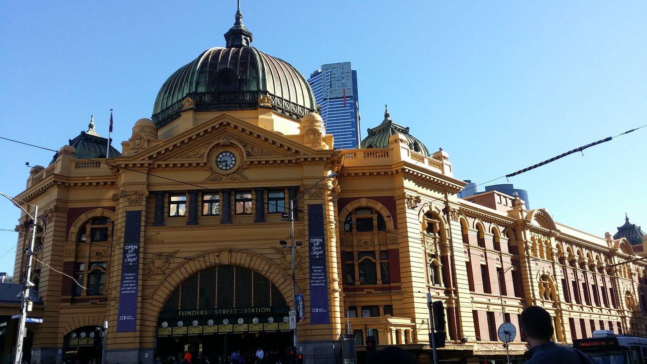 Iconic Landmark Buildings Flinders St #Melbourne