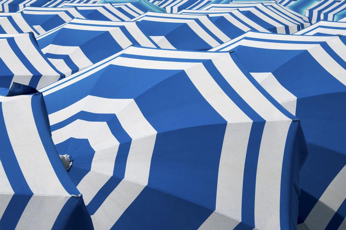 Beach Estate Mare Ombrelloni Sottomarina -Chioggia Spiaggia Summer Umbrella White Blue in Sottomarina Chioggia, Italy