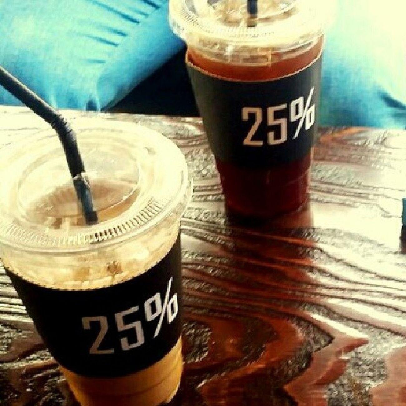 25 %  커피  가로수길  헤이즐넛 하루에 같은까페두번이지만 맥주보다 맛나는 헤이즐넛 yehhhhhhhh