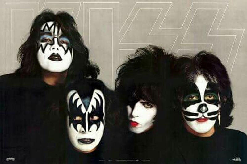 Ace Frehley Paul Stanley Gene Simmons Peter Criss