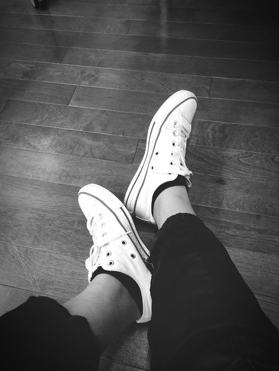 Tired Comverse White_shoes Tonight IPhone Photography Iphone_se Japan