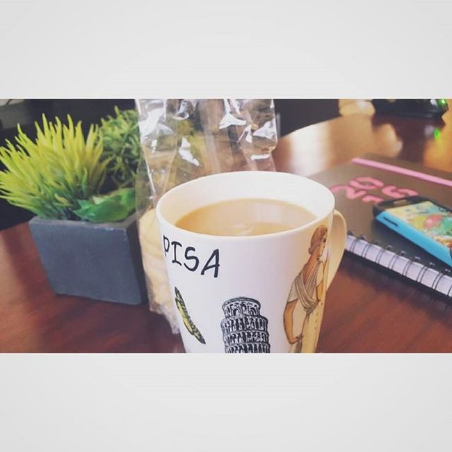 Biscuits and some strong Coffee ♡ AND!! First upload of 2016! Mug Pisa Pisamug Pisaitaly Plants Blackandgreen Blackandwhite Sweetbiscuit 2016diary 2016 Xbox1 XboxOne Samsung FirstUpload Firstuploadoftheyear