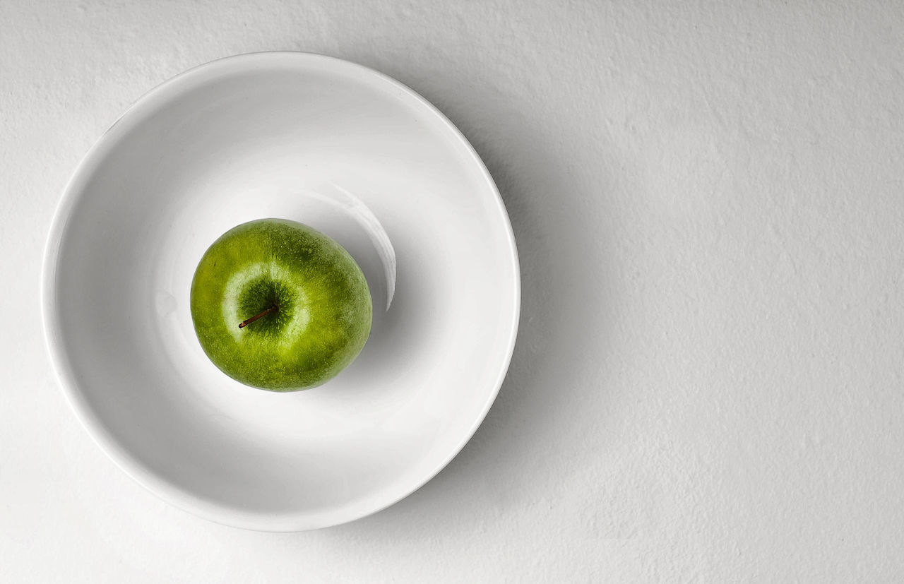 Beautiful stock photos of granny, Apple - Fruit, Circle, Copy Space, Directly Above