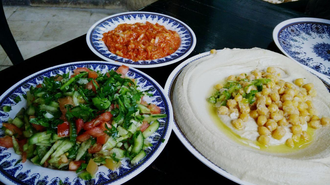 Foodporn Hummus Colorful Fresh Vegetable Green Diversity Abu Gosh Israel Food Ready-to-eat Holy Trinity The Street Photographer - 2017 EyeEm Awards Visual Feast