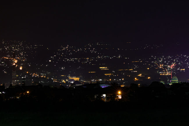 i wonder do you see them too? Nightphotography Cityscape Cityscapes_collection Night Lights Dark Photography