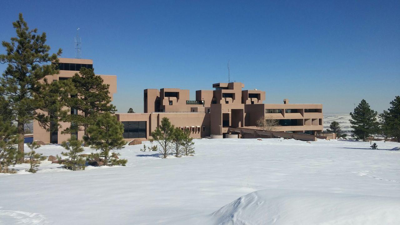 Architecture Colorado Cold Winter ❄⛄ the NCAR lab boulder colorado