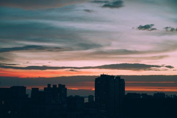 The sunset before typhoon coming Canonphotography VSCO Vscocam Sunset Urban Skyline Sky And Clouds Typhoon Battle Of The Cities Colorful Sky Scenics Beauty In Nature EyeEm Nature Lover Landscape