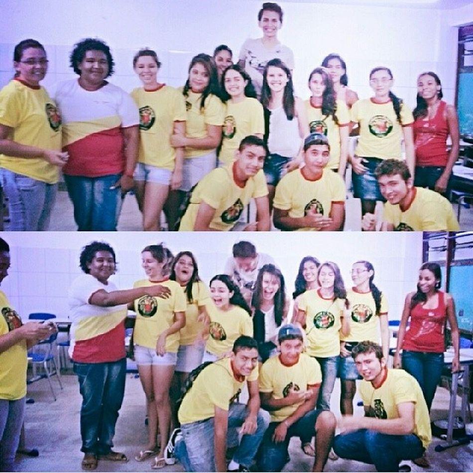 Festinha de encerramento do curso de Espanhol .. Instlike_com Gifts 20likes Friends Night Love Live Espanhol Likes Brazilians GoGo '