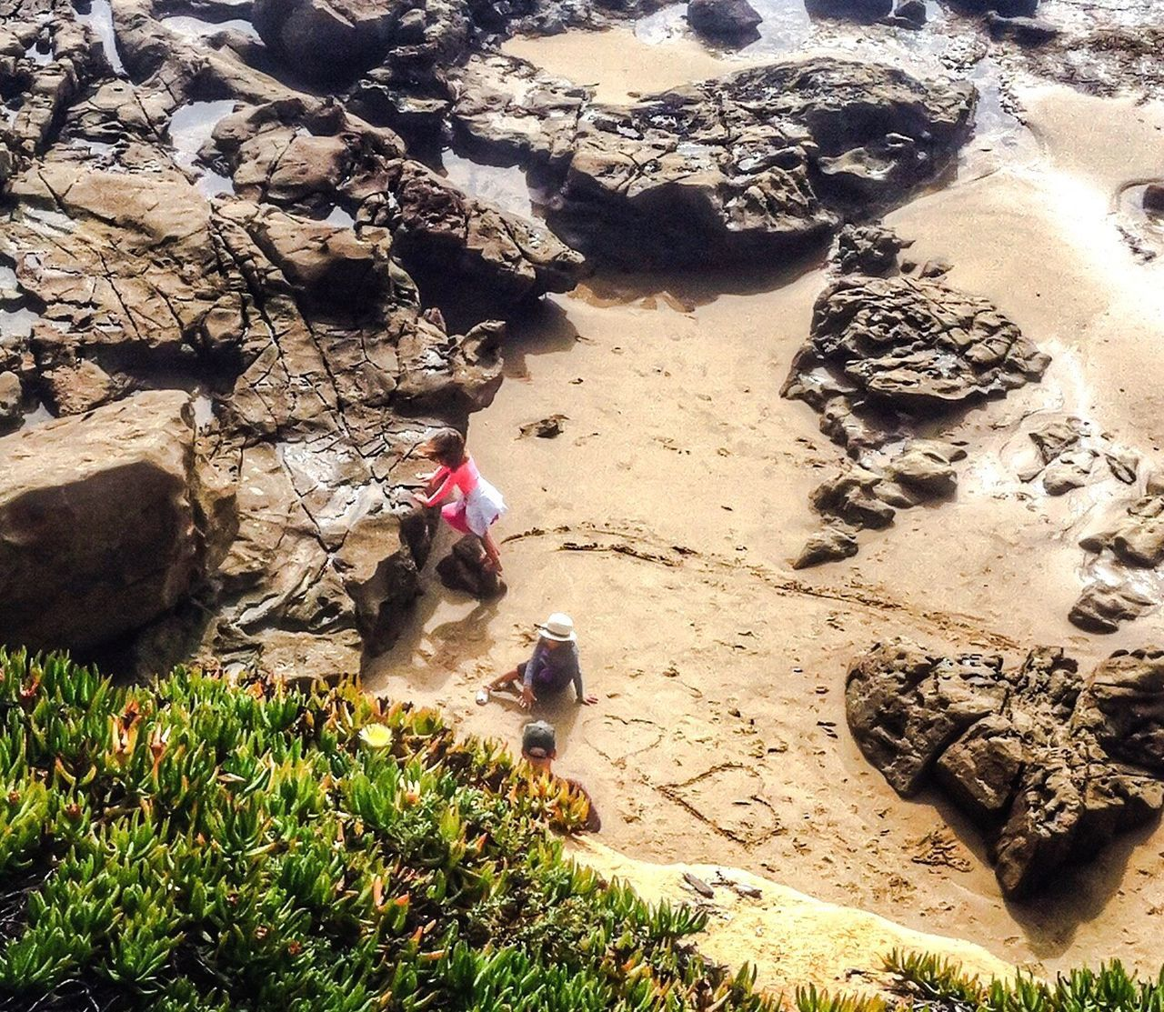 The world needs more ❤️ Hearts♡hearts Beach Photography Seasand And Rocks Kids Having Fun Holiday POV Heart Shape Drawing In The Sand  Beachfun Kids On The Beach Love