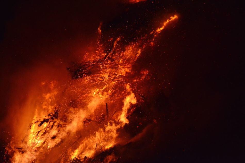 Easter fire Espelo 2016 Easter Fire Flame Burning Fire - Natural Phenomenon Night Outdoors Orange Color Glowing Heat - Temperature No People Burning Branches Burning Wood Sparks