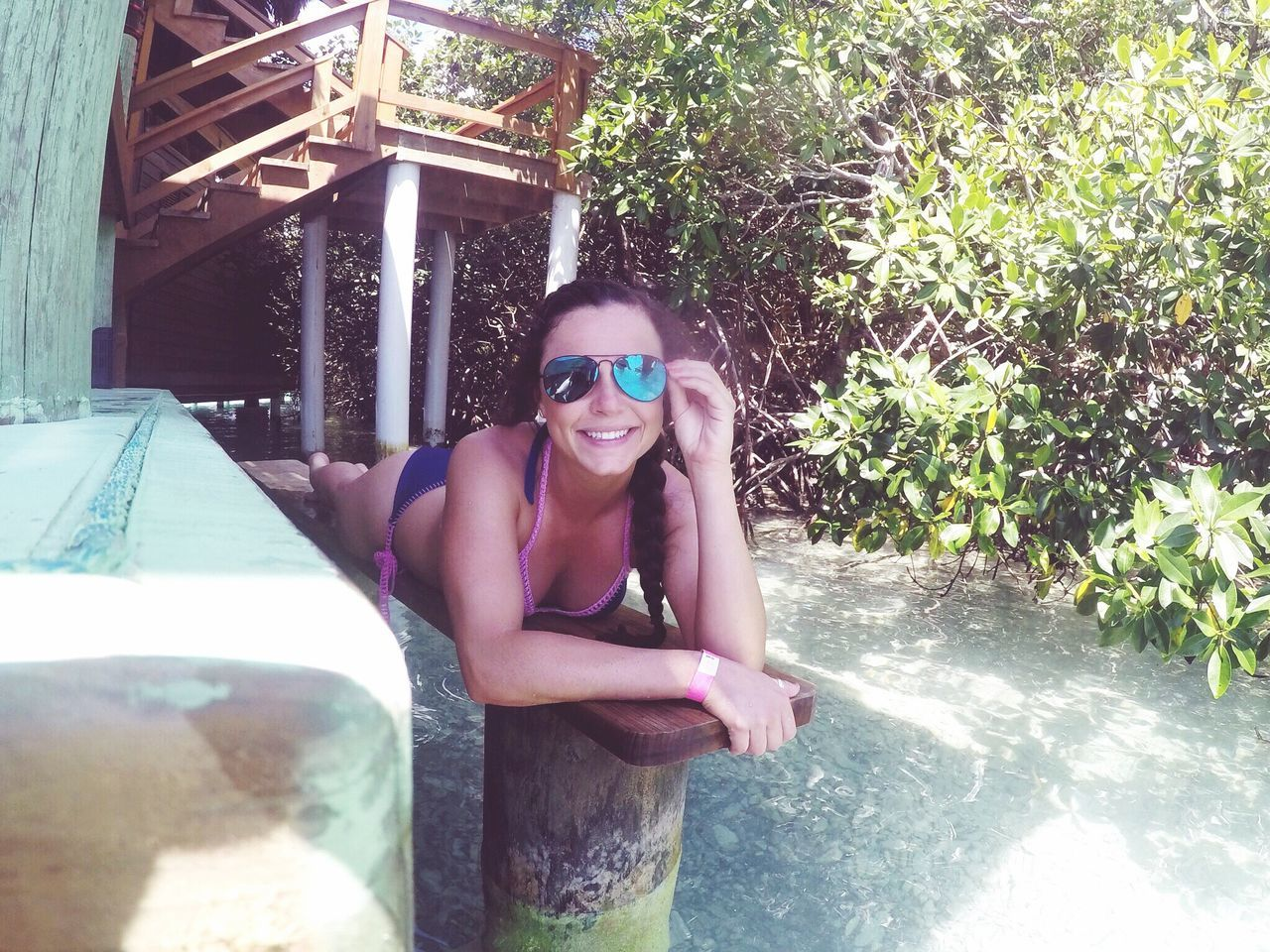 Sunglasses Young Adult Young Women Looking At Camera Portrait Beautiful Woman One Person Real People Lifestyles Happiness Smiling Outdoors Leisure Activity Front View Day Beauty Tree Eyeglasses  Swimming Pool One Young Woman Only Honduras Pretty Girl Tree First Eyeem Photo Vacations