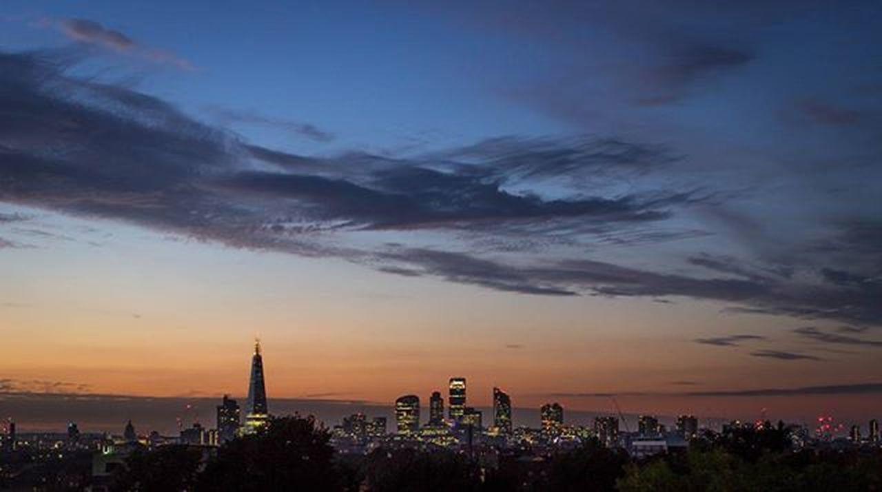 View of London from Frank's cafe in Peckham Franksbar Frankscafe Peckhamrye Peckham london londonview sunset theshard citylights photography photooftheday stpauls skygarden longexposureoftheday longexposure nofilter canon600d Seeing The Sights