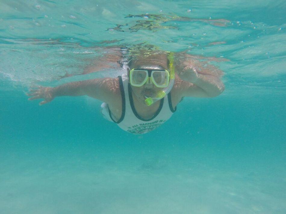 Enjoying Life Hello World Swimming With The Fish