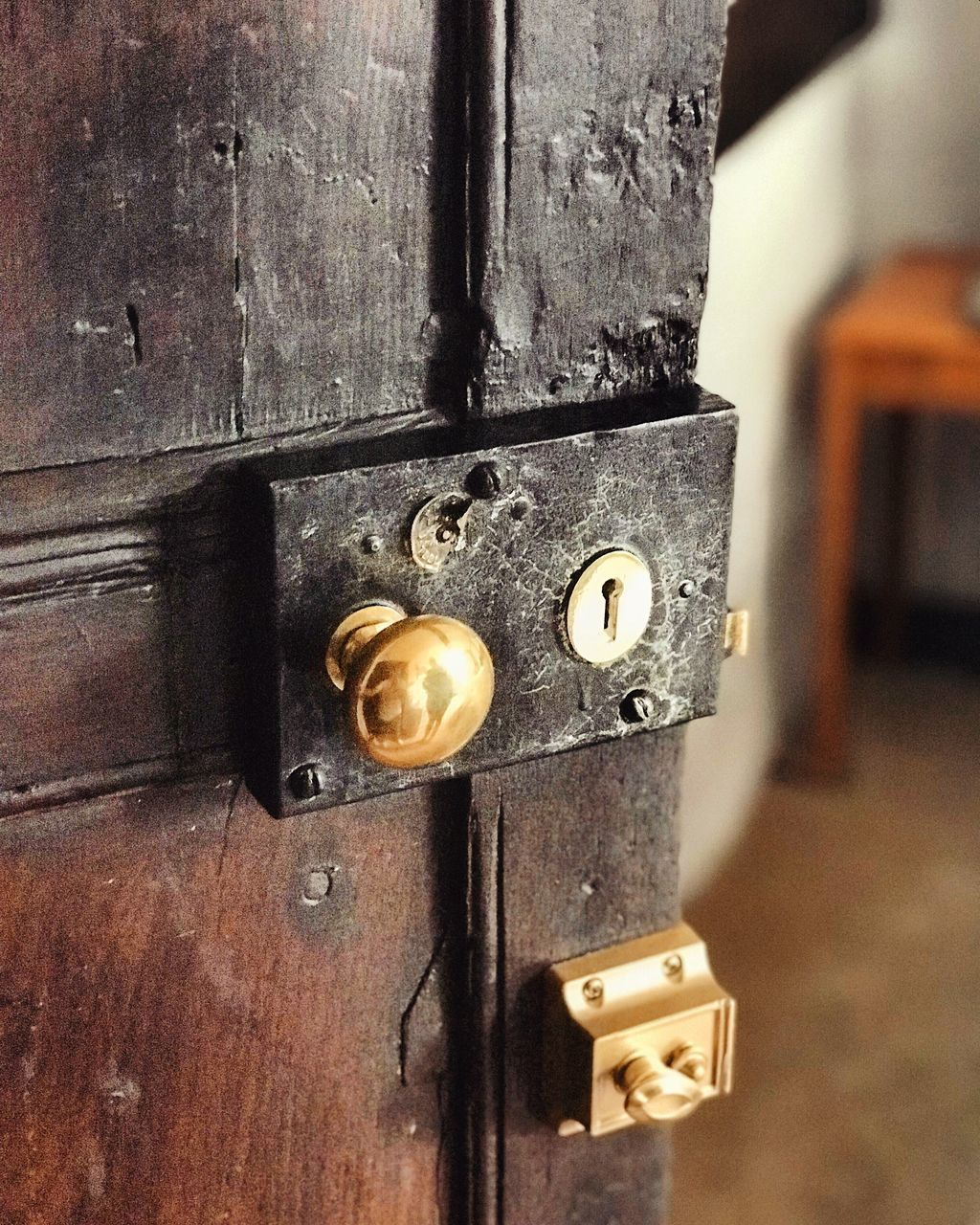 door, close-up, metal, wood - material, no people, old-fashioned, indoors, day