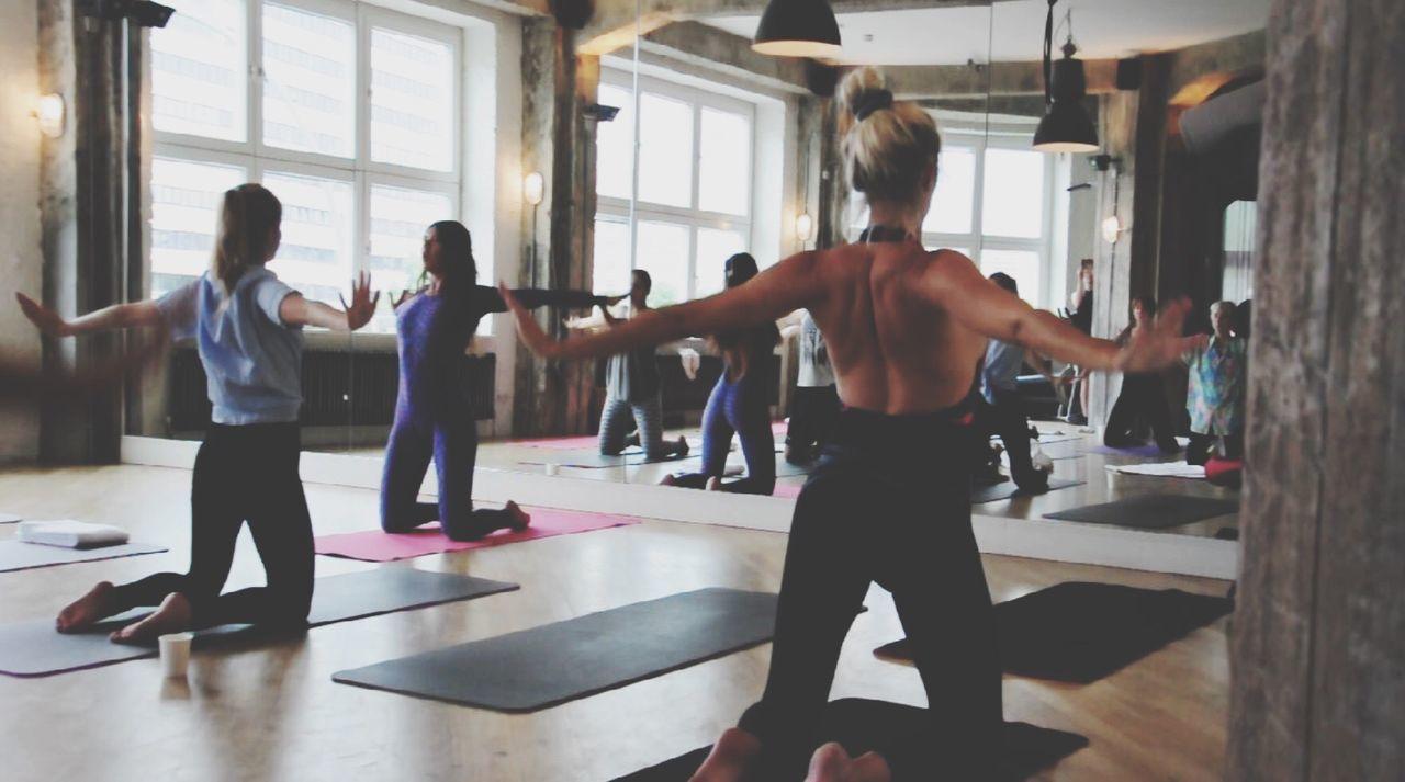 Vogue & Yoga = VOGA *XPRESS Pop up* Voga Yoga Soho Yoga Pose 80's Training Yoga Class Sport Workout