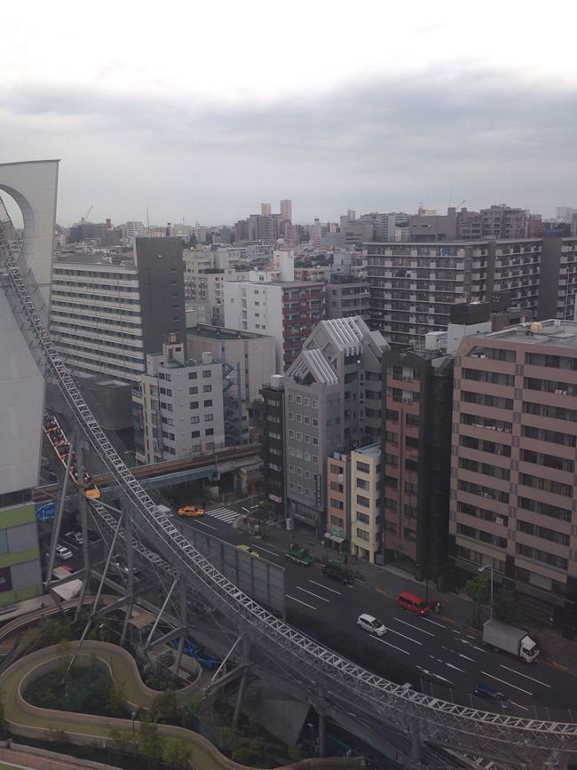 Architecture Roller Coaster City Scape Building City People And Places High Angle View Cityscape City Life Tall - High Urban Skyline LaQua Cloud - Sky View From The Window... Street Photography 2016 Autumn Japan Tokyo EyeEm Best Shots My Smartphone Life