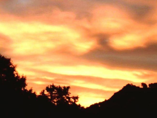 Sunrise Silhouette Tranquility Beauty In Nature Nature Atmospheric Mood Orange Color Majestic Atmosphere Romantic Sky Outdoors Tranquil Scene Non-urban Scene Scenics Best EyeEm Shot EyeEm Gallery Eyemmarket EyeEm Nature Lover Multi Colored Cloud - Sky Sky