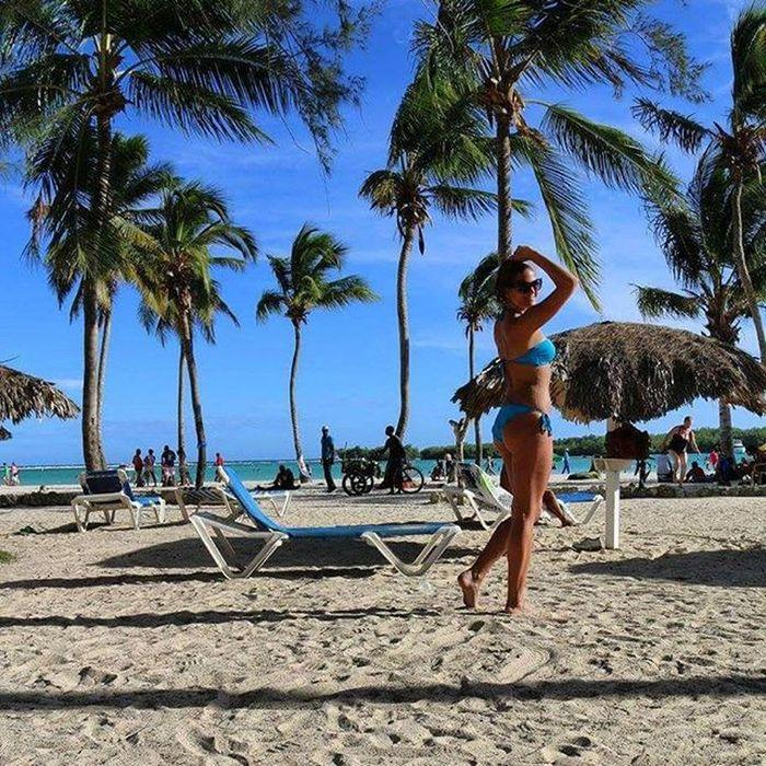 Dominicanrepublic HEAVENONEARTH Palmtrees Bluesky Lifeisgood Enjoying Bocachica Barceló Beach Dontneedanythingelse :)