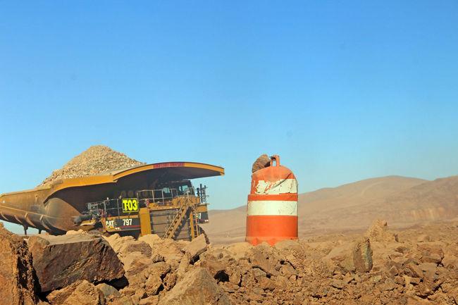 Antofagasta Antucoya Camiones  Caterpillar Chile Mina Minería Mining Mining Industry