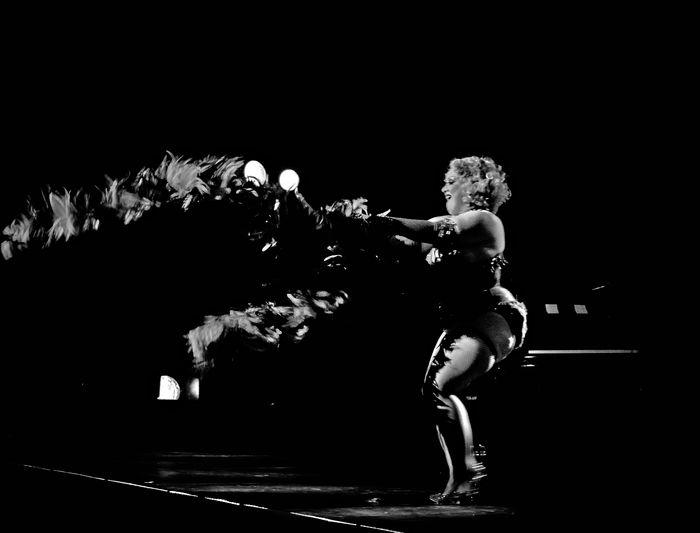 Cabaret New Burlesque Awesome Performance Burlesque Burlesquedance Burlesqueens Burlesquegirls Burlesqueshow Concert Photography Concertphotography Effeuillage Effeuilleuse Gig Gig Photography Monochrome Strip Tease Strip-tease Tease