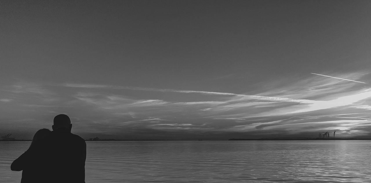 Black & White Blackandwhite Photography IPhone Photography IPhoneography Street Photography Streetphotography Sunrise