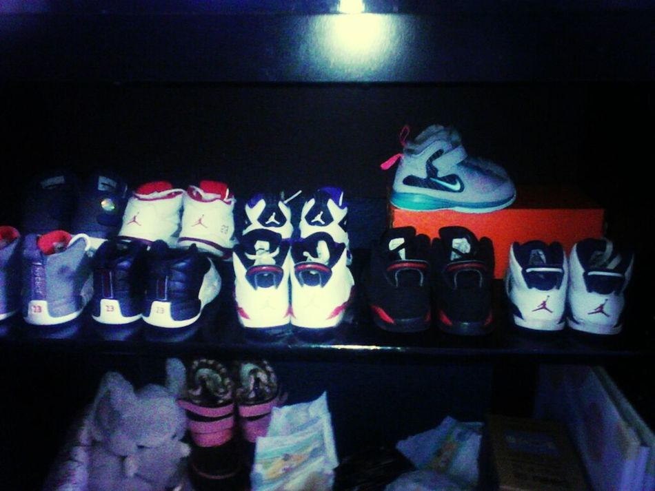 allys shoes (: