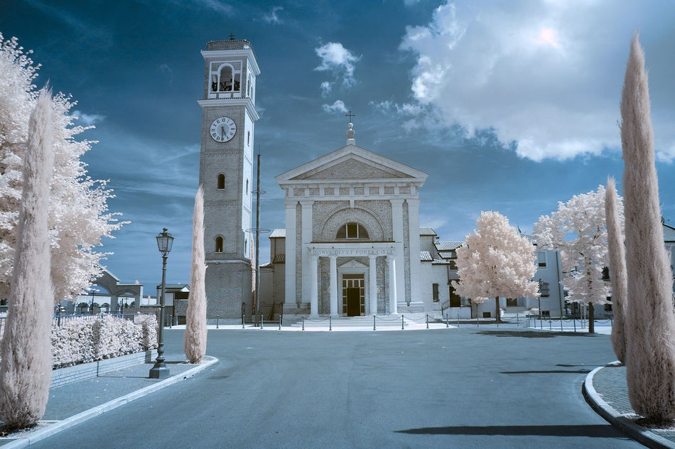 Italy church ifrared mod 720 nm d70 Nikon Architecture Architecture_collection Architecturelovers Infrared Infrared Photo Infraredphotography Italy Landscape